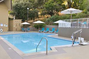 Swimming Pool at Best Western Plus at Novato Oaks Inn, Novato CA